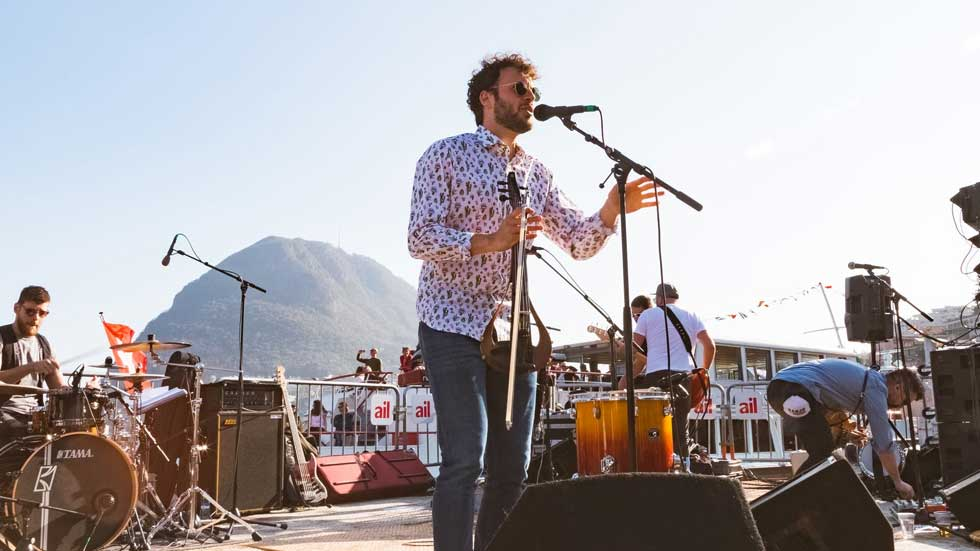 Zangers voor een festival thema