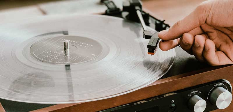 Ouderwets vinyl draaien! thema