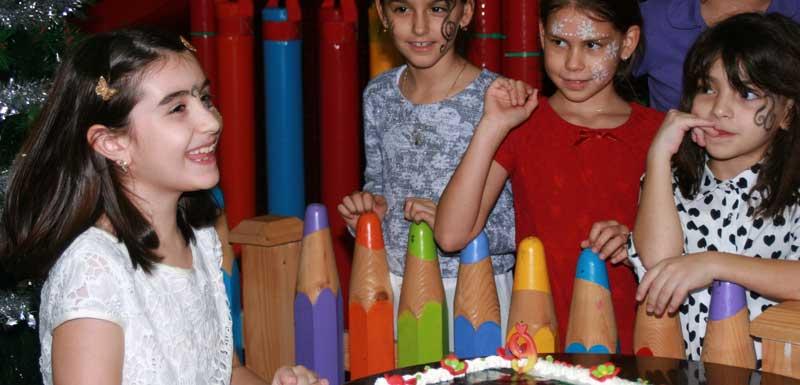 Kindervermaak kinderfeest thema